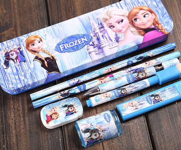 frozen pencil case 5